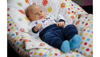 Narodilo sa Vám bábätko a stále plače, je nepokojné a už neviete, čo s tým?